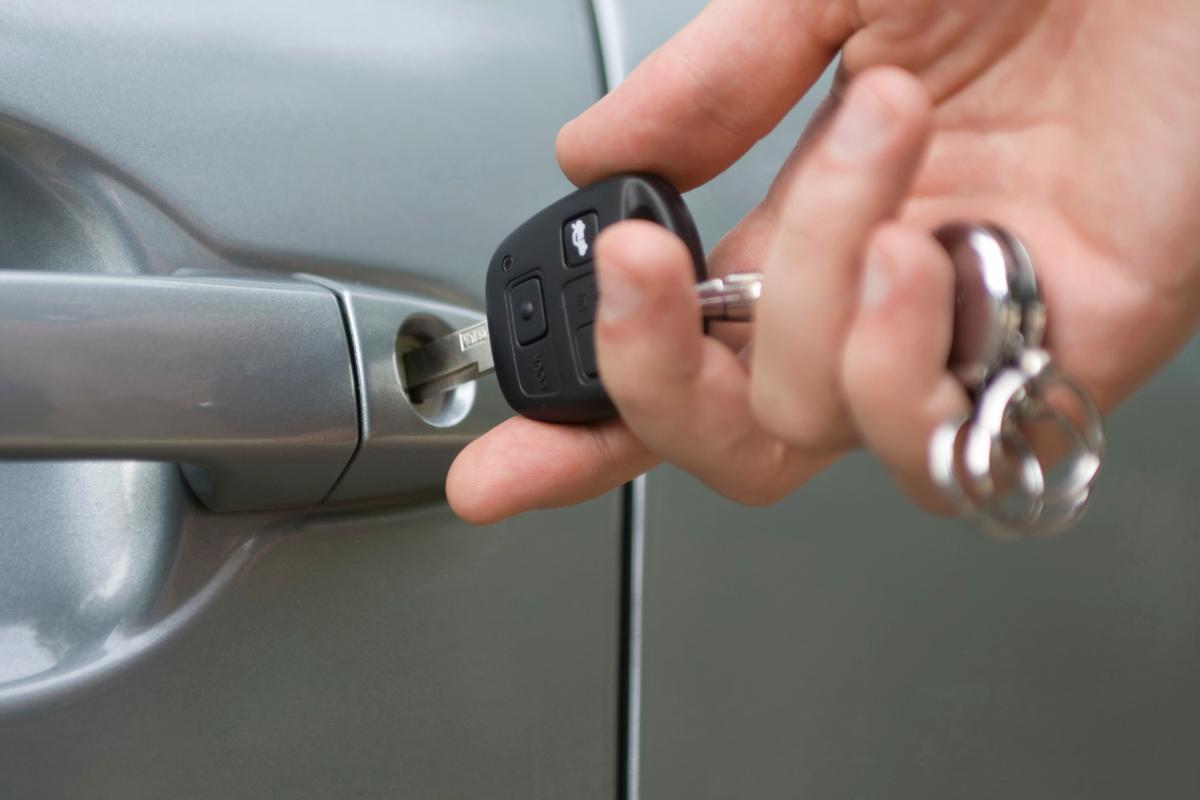 Ремонт ключа от автомобиля своими руками